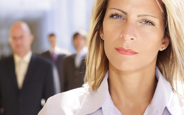 Comment-transformer-la-jalousie-en-un-puissant-levier-de-votre-carrière-CDM