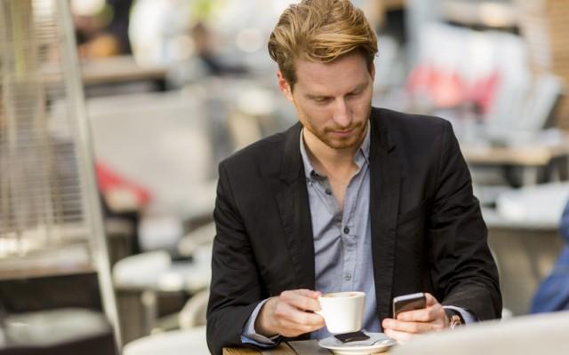 Internet-et-mobile-exigent-une-approche-différente-de-votre-emploiCDM